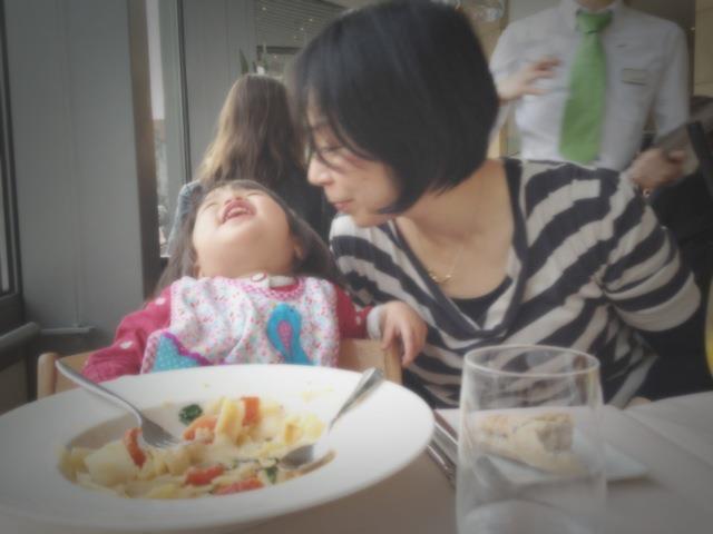 7年前の若かりし娘と私